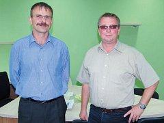 Místostarosta Města Albrechtic Martin Špalek (vlevo) a starosta Luděk Volek (vpravo).