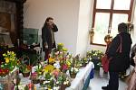 Velikonoční jarmark na linhartovském zámku měl vysokou návštěvnost také díky kastelánovi. Jaroslav Hrubý osobně roznesl po Krnově přes 1200 pozvánek.