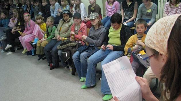 Noc s Andersenem se loni poprvé konala také na krnovské Základní škole na Žižkově ulici.