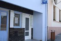 Vybrat peníze z bankomatu v Horním Benešově teď není možné. Na vině jsou vykradači.