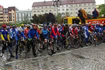 Hromadná příprava na start - všichni závodníci se sjeli do Krnova na Hlavní náměstí, z kterého byl odstartován závod O cenu Krnova. Další průběh závodu vedl z náměstí do Brantic, Zátoru, Lichnova, Laryšova, Guntramovic a zpět.