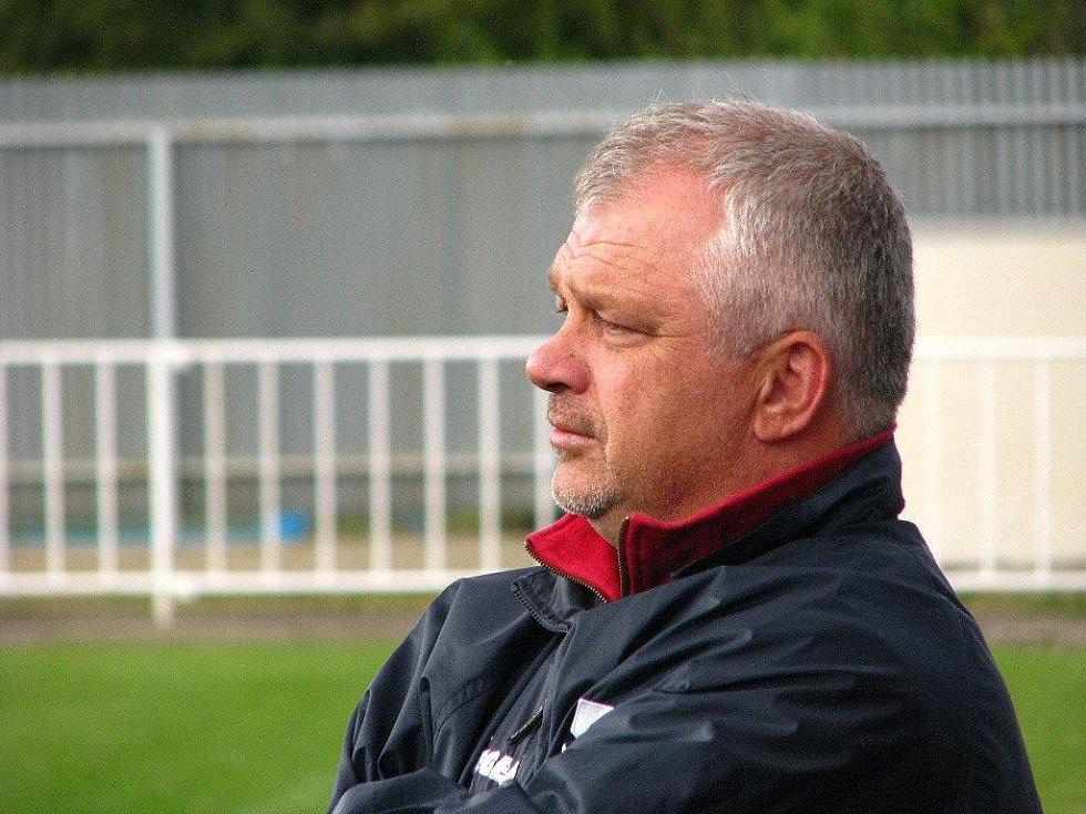 Trenér FK Krnov Antonín Hudský.