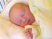 Jmenuji se LUKÁŠ NACHÁZEL, narodil jsem se 3. ledna, při narození jsem vážil 4040 gramů a měřil 50 centimetrů. Moje maminka se jmenuje Gabriela Nacházelová a můj tatínek se jmenuje Lukáš Nacházel. Bydlíme v Krnově.