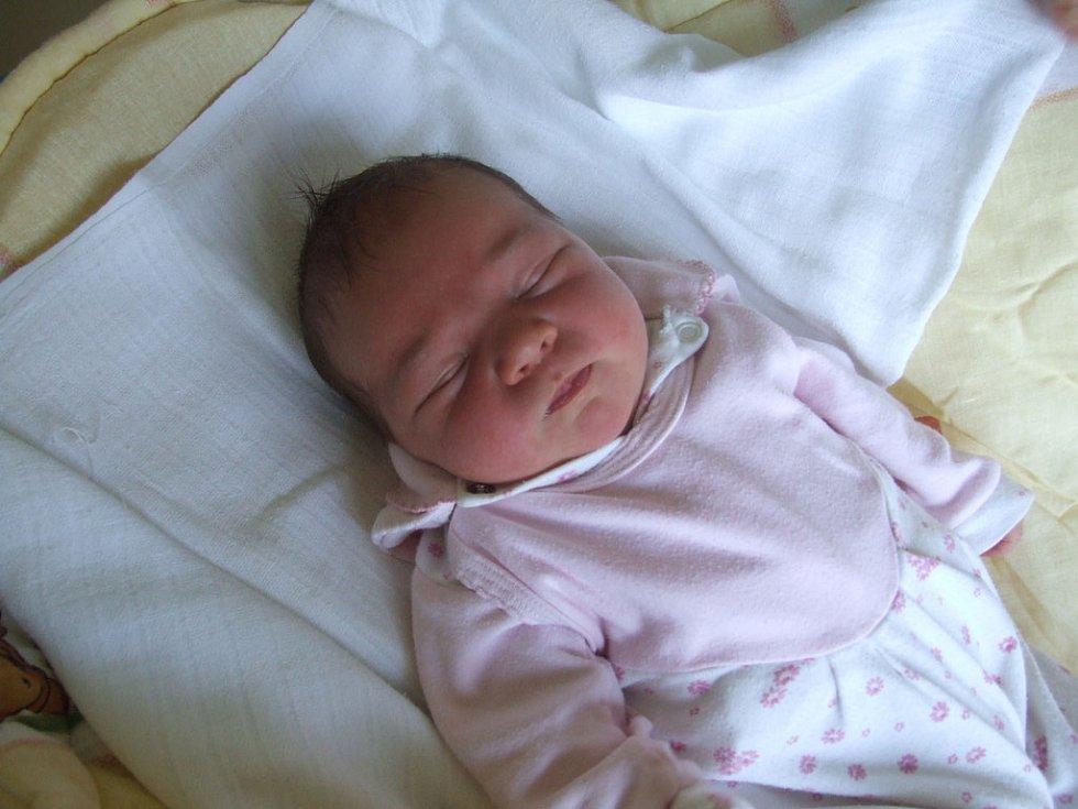 ROZÁLIE SVOBODOVÁ, narozena 31.5.2008, Rýmařov - Janovice, váha 4,1 kg, míra 51 cm, maminka Andrea Tomaščáková, tatínek Miloš Svoboda.