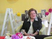 Štěpánka Billová oslavila sté narozeniny. Hostům s obdivuhodným vtipem vyprávěla o svém životě.