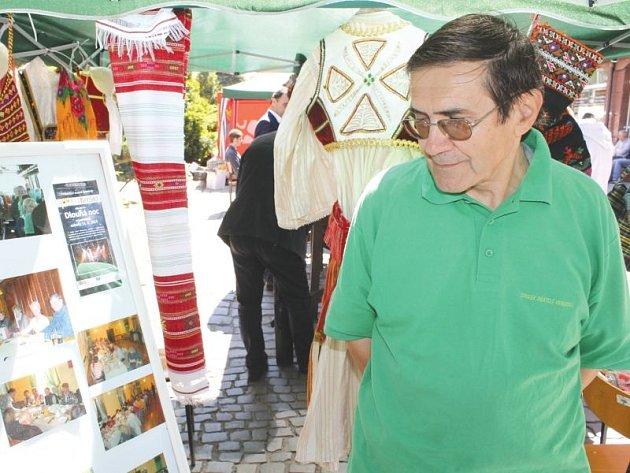 František Langer vylepšil řadu vynálezů ve vrbenských lisařských závodech, které k jeho radosti zaměstnávají obyvatele města dodnes. Je i platným členem Spolku Přátelé Vrbenska.