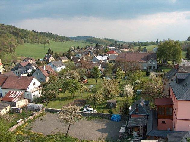 Obec Třemešná ve Slezsku.