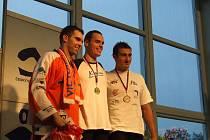 Lukáš Harnol (vlevo) podal na plaveckém mistrovství republiky skvělý výkon.