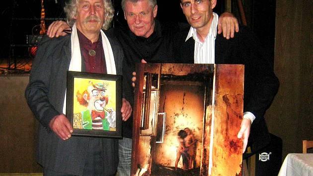 Dražba uměleckých děl byla součástí městského plesu ve Vrbně pod Pradědem.