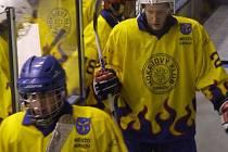 Krnovští hokejisté doma válí. V Krystalu v neděli padlo i Uherské Hradiště po dramatické koncovce.