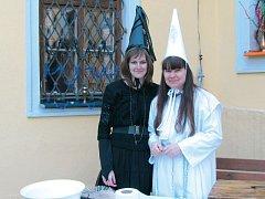Čarodějnice byly na zámečku Grohmann vidět na každém kroku.