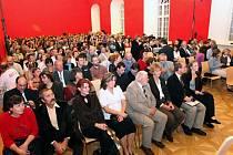 V brněnské Redutě se uskutečnil Koncert pro stromy, na kterém zapěla Marta Kubišová.