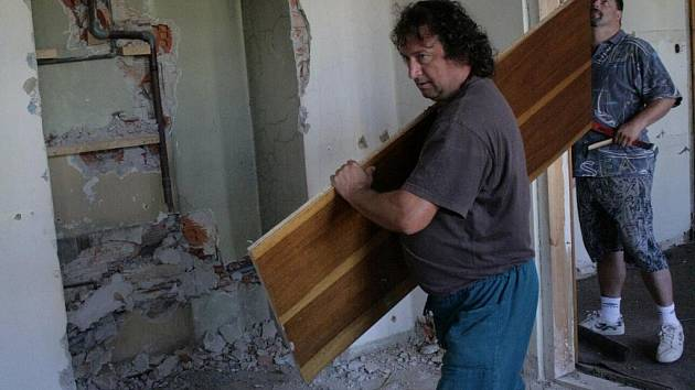 Rekonstrukce obřadní síně na českotěšínské radnici.