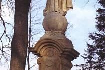 Socha umístěná u kaple V Lipkách si kvůli špatnému stavu vyžádala zásah restaurátorů.