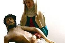 Pietu Matky držící tělo Kristovo získalo krnovské muzeum v roce 1950. Zastupitelé ji v rámci restitucí bez zaváhání vrátili původnímu majiteli, řádu minoritů.