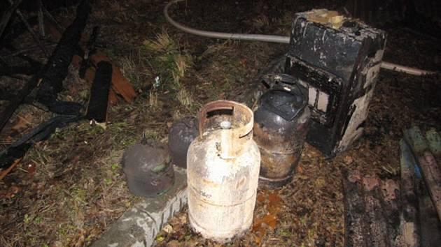 Požár tlakových lahví. Ilustrační foto.
