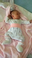 Jmenuji se Františka Monsportová, narodila jsem se 26. února 2018, při narození jsem vážila 3580 gramů a měřila 50 centimetrů. Doma mám sestřičku Štěpánku a brášku Josífka. Bydlíme v Horním Benešově.