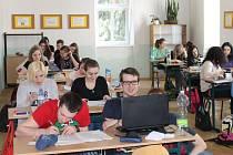 Plné učebny má zatím Soukromá střední odborná škola PRIMA v Rýmařově, v níž studuje mládež nejen z Rýmařovska, ale z celého Moravskoslezského a Olomouckého kraje.