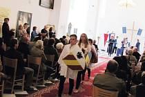 Zámecká kaple ve Slezských Rudolticích zatím sloužila k výstavám, koncertům, jarmarkům, přednáškám a společenským událostem. Obnovená pouť sv. Josefa  v sobotu 19. března navrací zámecké  kapli také její původní náboženský význam.