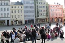 Den architektury vzbudil nečekaný zájem veřejnosti. Představil také vývoj krnovského náměstí, které je kvůli válečným škodám a bourání historického jádra dnes srovnatelné s Václavákem a svými proporcemi nepřiměřené městu velikosti Krnova.