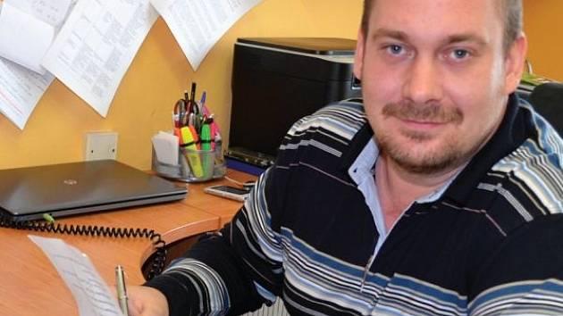 Sbormistr a pedagog Kamil Trávníček působí v čele Základní umělecké školy Krnov tři roky.