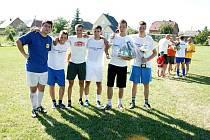Vítězství v letošním ročníku fotbalového turnaje mužů v malé kopané Malina Cup 2010 si po skončení dramatického finálového zápasu odnesli hráči mužstva TU Benfica.