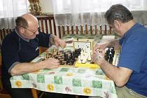 Že šachy mohou hrát na vysoké úrovni i zrakově postižení, se mohli všichni přesvědčit v Karlovicích.