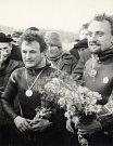Akvanauti Vilém Kocián a Vladimír Geist ve dnech  21. až 26. listopadu 1967 strávili pod vodou nepřetržitě celých  sto hodin. Jaké to je, prožít čtyři dny v hloubce 25 metrů? Snímky: archiv Romana Kudely