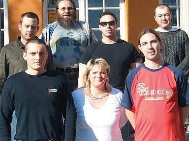 Dole zleva: Marek Žlebek, Jitka Akritidisová, Jiří Vlček. Nahoře zleva: Tomáš Gaudek, Fidel Kuba, Jiří Krušina a Dalibor Otáhal.