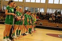 Krnovská Orca smetla v 5. kole druhé ligy žen florbalistky Prostějova hladce 4:0.