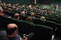 Festival sedmdesátek KRRR! nabízel osm celovečerních filmů a také různé přednášky, semináře a výstavu historické promítací techniky.