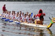 Dračí lodě - Sedmý ročník festivalu dračích lodí na Slezské Hartě na Bruntálsku vyvrcholil 22. srpna 2021 závody na 1000 metrů.