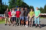 Mezi členy dobrovolných hasičů z Karlovy Studánky lze často najít středoškolské i vysokoškolské studenty.