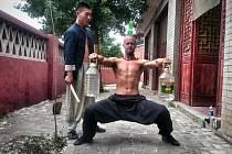 V roce 2012 založil Martin Lee v Bruntále Kung-fu akademii, tomuto bojovému umění se ale věnuje celý život, studoval jej v čínských klášterech.