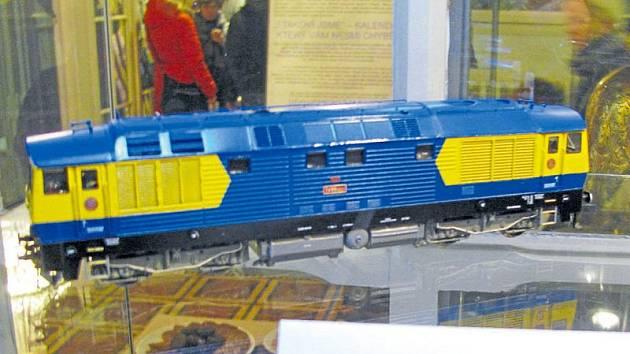 Vláčky v krnovské Flemmichově vile jsou jen ochutnávkou toho, co vytvořili železniční modeláři ve Lhotě.