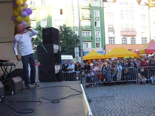Kamil Střihavka nadchl hlavně mladé fanynky a příznivce muzikálů.