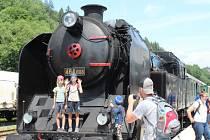 Lokomotiva Ušatá dorazila do Hanušovic přesně. Až do 19. září sem budou jezdit každou sobotu historické vlaky tažené parními lokomotivami Ušatá nebo Velký bejček a nebo historickým motorovým vozem Krokodýl.