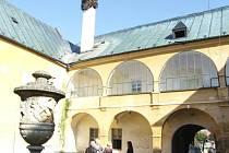 Brantice měly na zámku sklad materiálu.