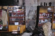 Zdemolovaný příbytek požárem mají od pondělí obyvatelé bytu na Bruntálské ulici k Krnově.
