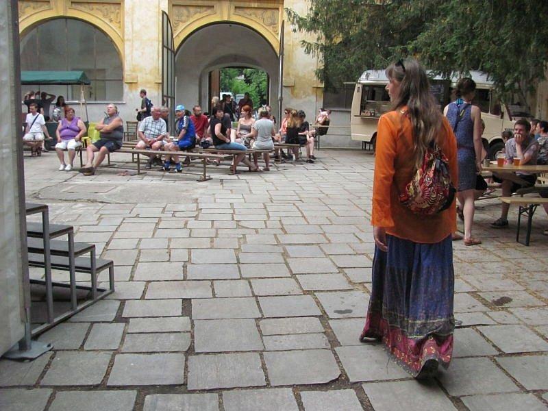 O víkendu se zámecká zahrada ve Slezských Rudolticích změnila ve stanové městečko a jeho nádvoří ožilo spoustou atrakcí.