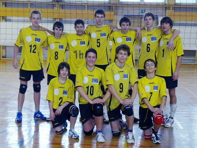 Volejbaloví žáci TJ Krnov postoupili mezi nejlepší v kraji.