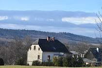Příchod deště, větru a tlakové níže Klaus na Krnovsko provázely docela zajímavé efekty na obloze.