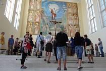 Kostel sv. Hedviky v Opavě je posledním dílem krnovského architekta Leopolda Bauera. Ve čtvrtek zde proběhla komentovaná prohlídka a další se chystají 13. a 27. srpna.