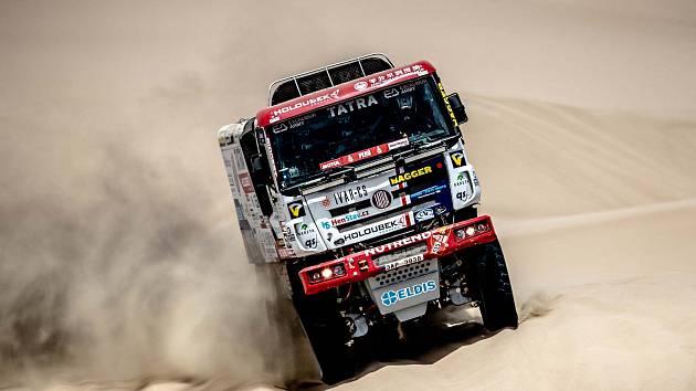 Martin Kolomý zvládl druhou etapu na jedničku. Dojel devátý a na jeho kamionovém speciálu Phoenix nepřibyl ani škrábanec.
