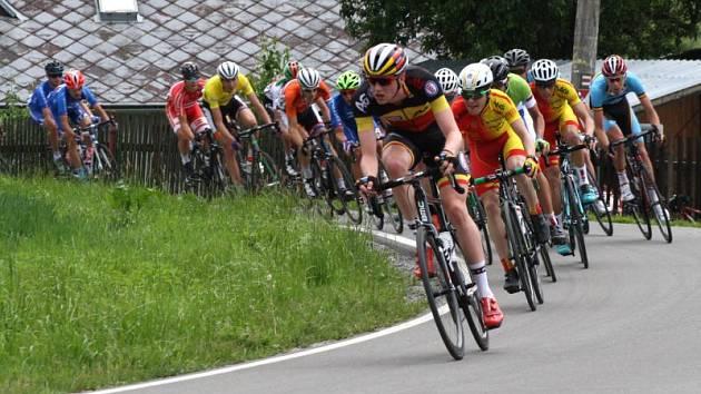 Závod Míru se po roce vrací na Krnovsko, Bruntálsko a do Jeseníků. Můžeme se těšit na cyklistickou špičku. Na start se postaví přes 200 závodníků z 21 zemí.