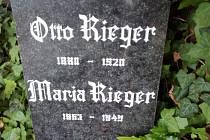 Město Krnov koupí hrobku slavné rodiny Riegerů na městském hřbitově v Krnově.