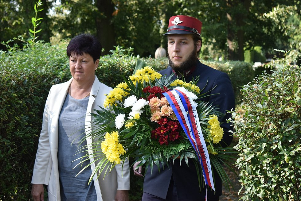 Starostka Liptaně Blanka Klimošková uctila ochránce hranic, kteří byli zastřeleni  22. září 1938.  Přidali se i fanoušci Osoblažky.