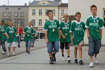 Primátor Karviné Tomáš Hanzel přijal fotbalisty Starší přípravky MFK OKD Karviná, kteří vyhráli mezinárodní turnaj v Maďarsku.