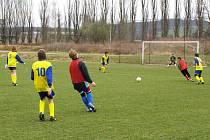 dalším zápase fotbaloví žáci rýmařovské Jiskry smolně prohráli v Bílovci, když nedokázali využít žádnou z mnoha šancí.