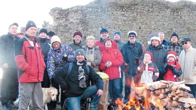 Zřícenina Šelenburku nad Krnovem nabízí 1. ledna nenáročnou novoroční procházku.